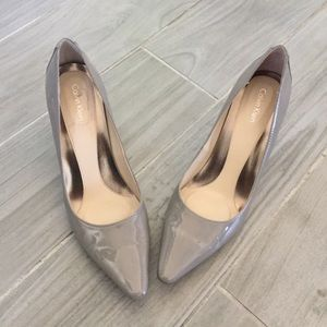 Calvin Klein Pointed Pump Taupe Patent